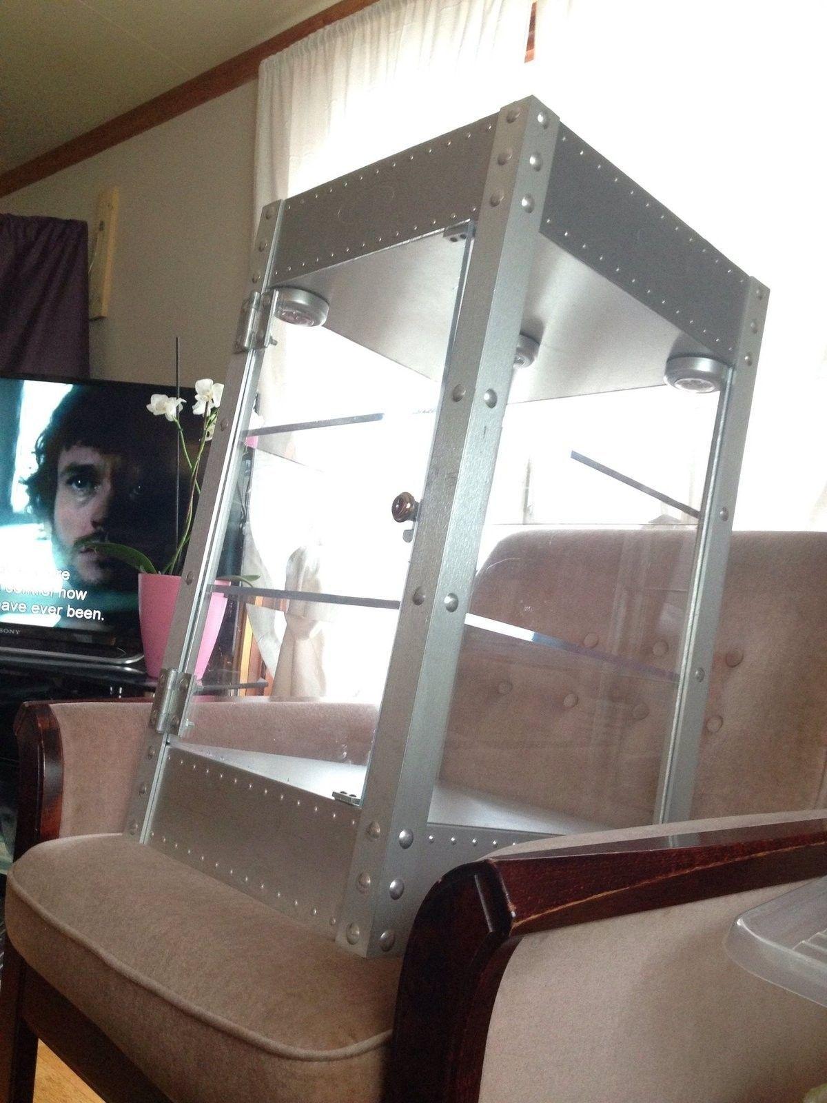 Finally an oakley display case - image.jpg