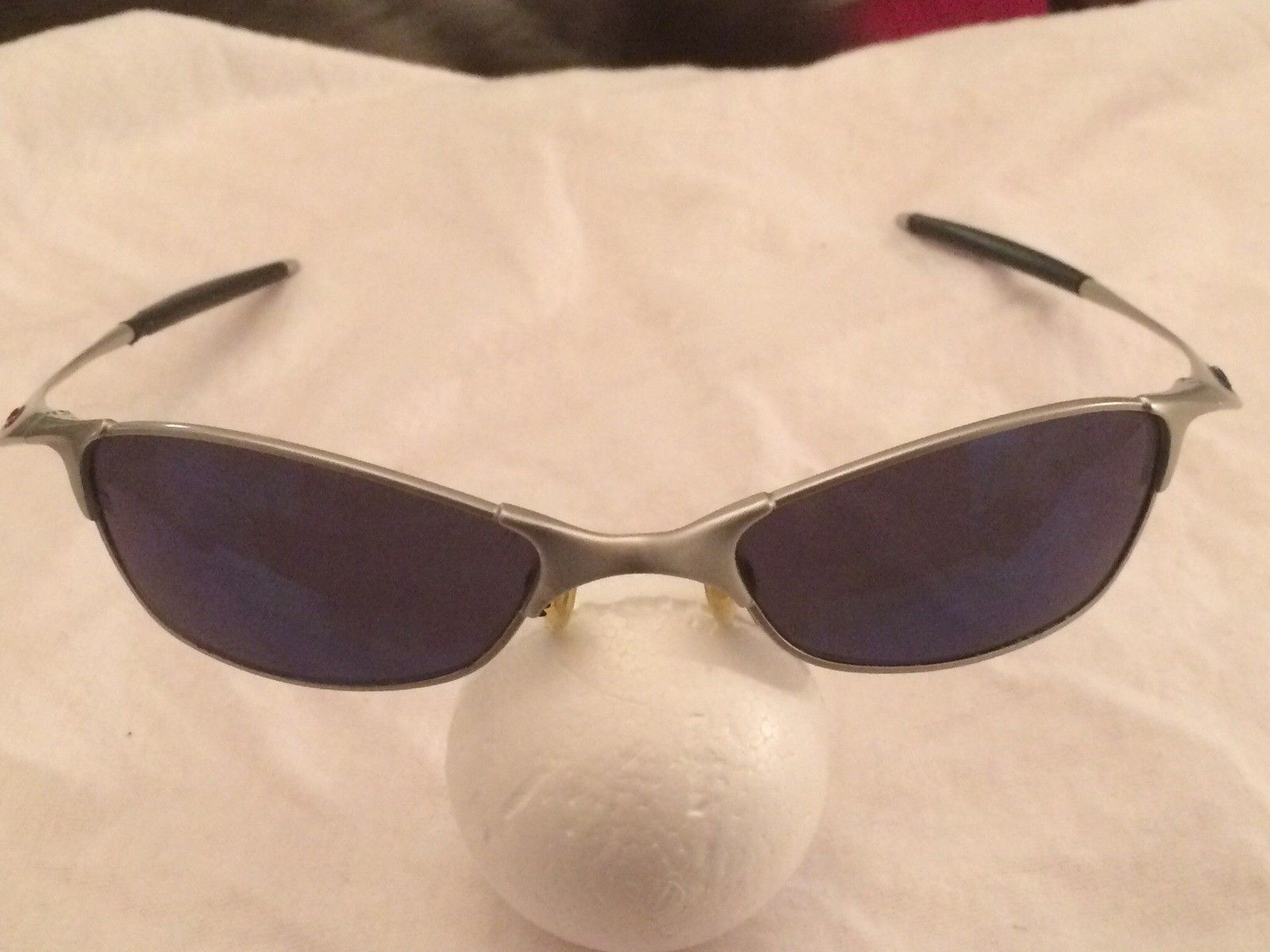 What kind of oakleys r these? - image.jpg