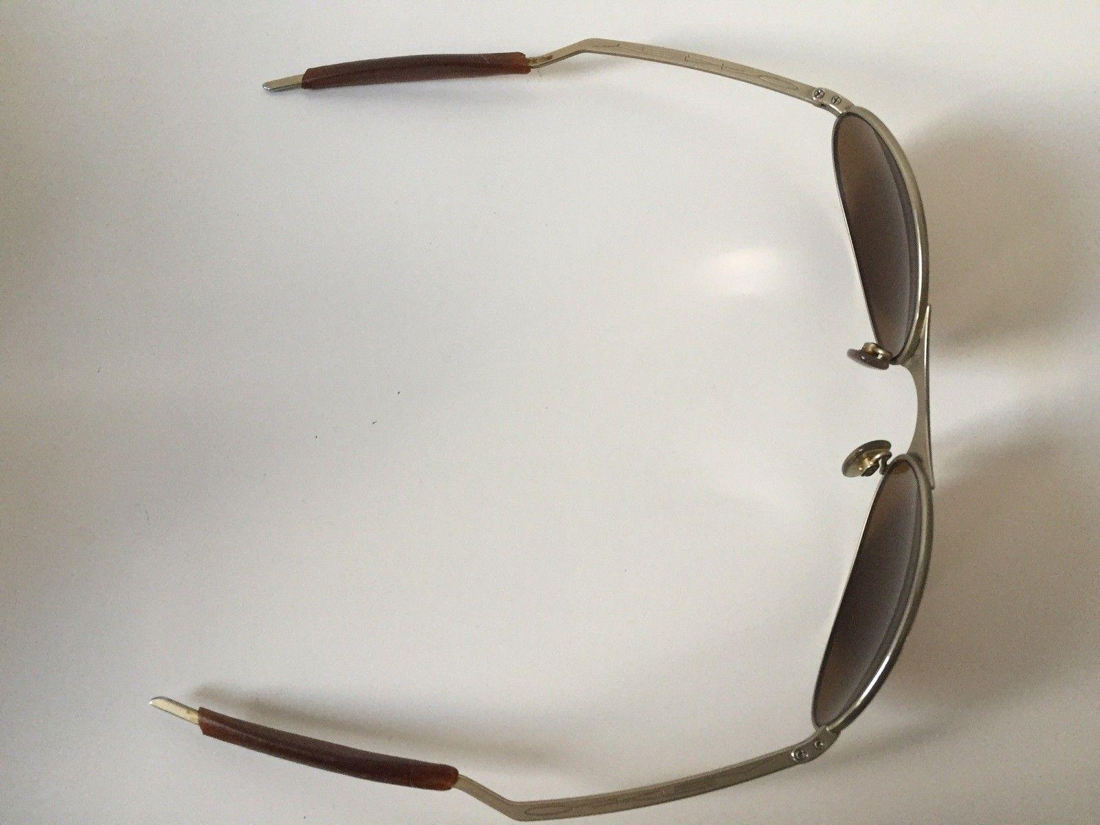 Oakley T Wire Gold - image.jpg