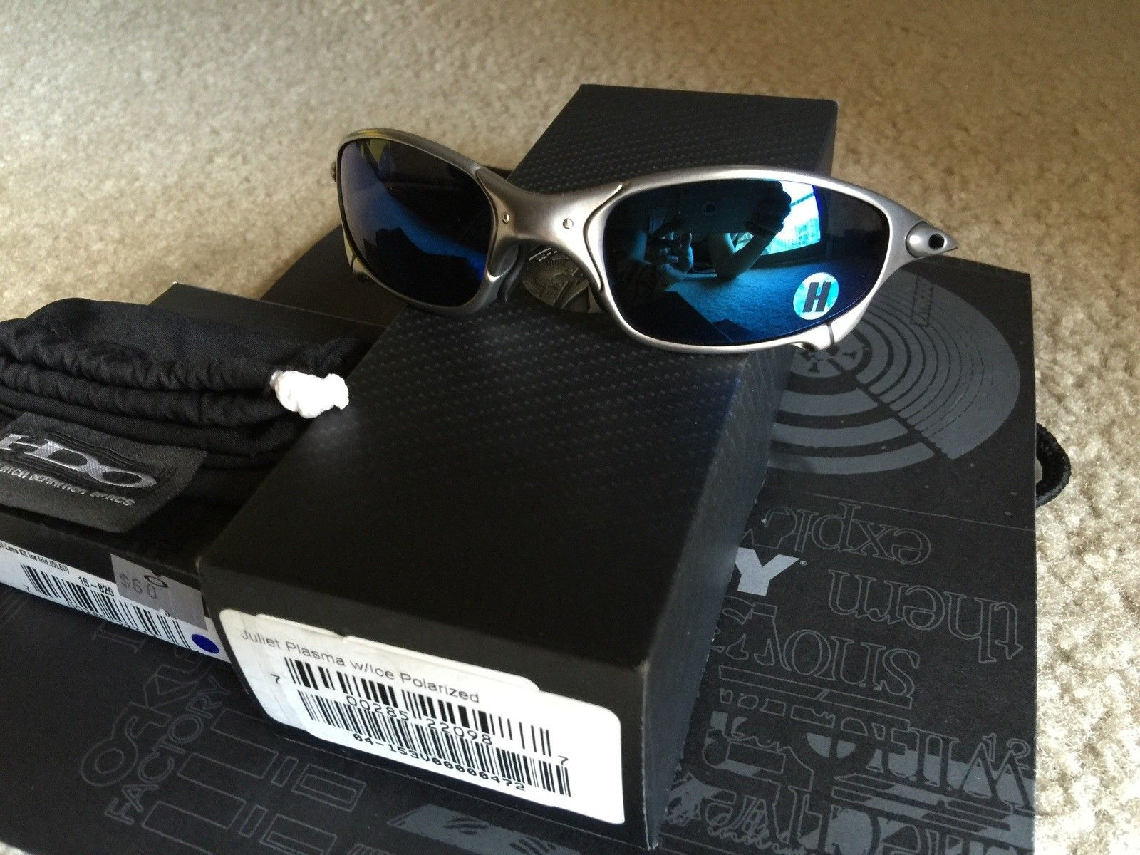 Mint like new juliet ice last gen with extra ruby lenses - image.jpg
