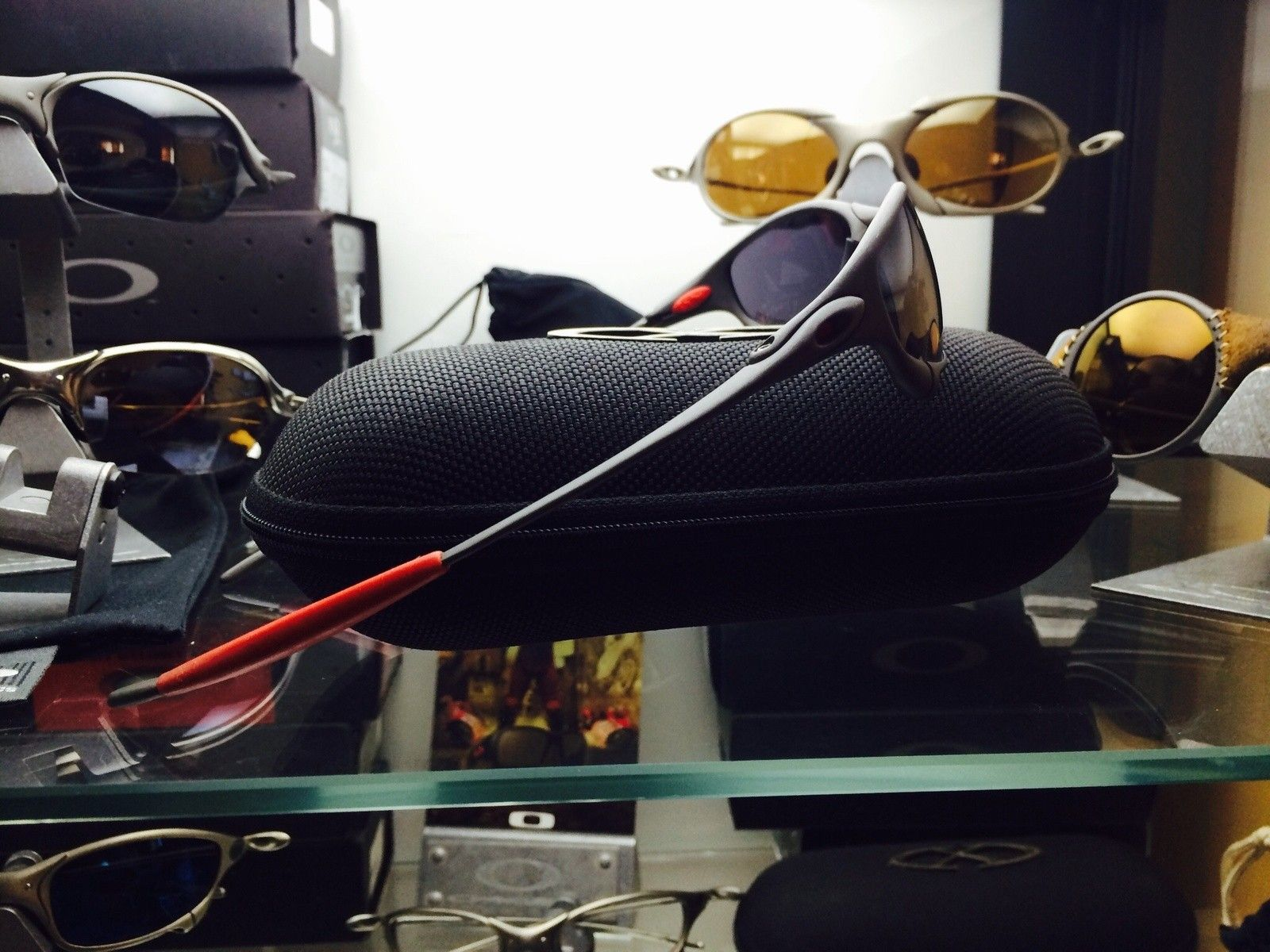 "Juliet Ducati Xmetal color / black Iridium ""Ducati***** serial"" ""SOLD"" - image.jpg"
