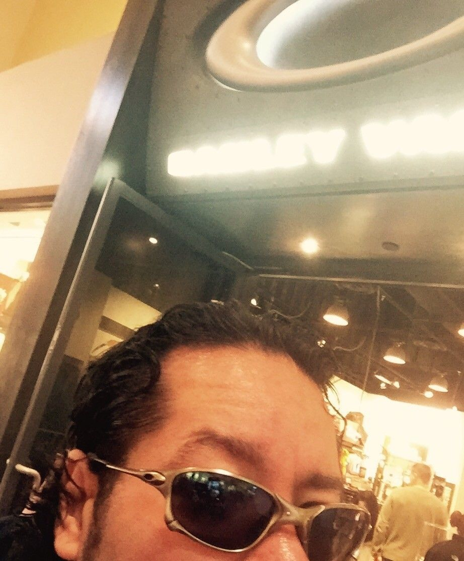 Post  A picture of you and your Oakley's at the Oakley store or Vault - image.jpg
