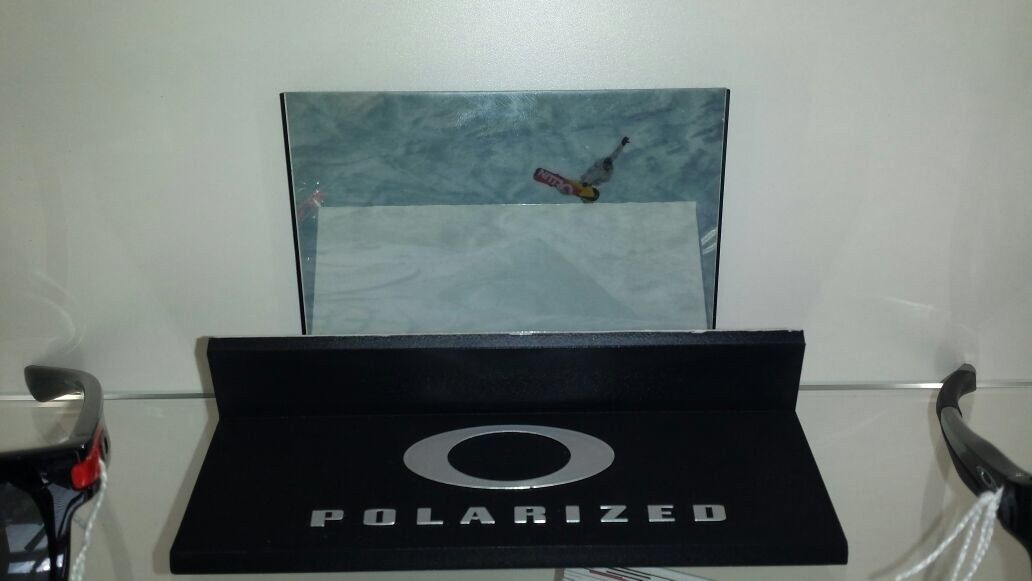 Picture with metal aluminum frame, canvas banner & snow polarized test - image.jpg