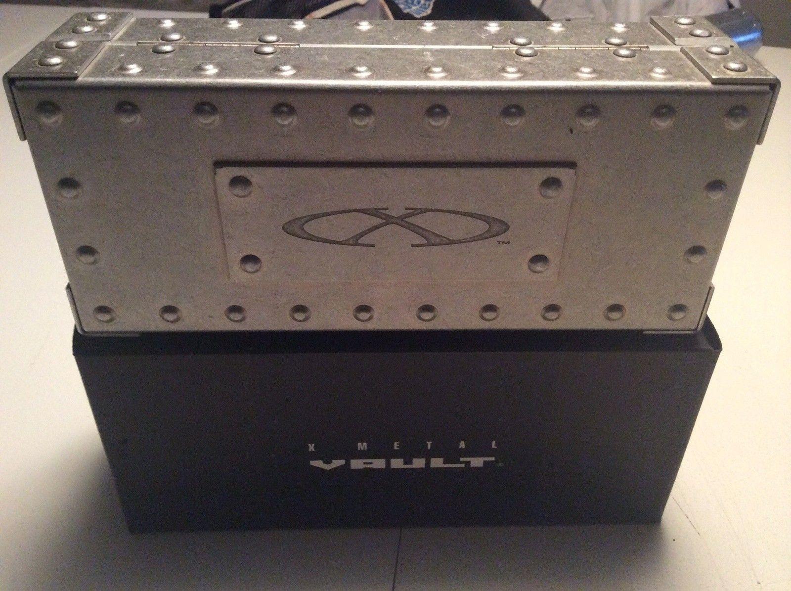 Boxed X-metal Vault + Medium Vault... - image.jpg