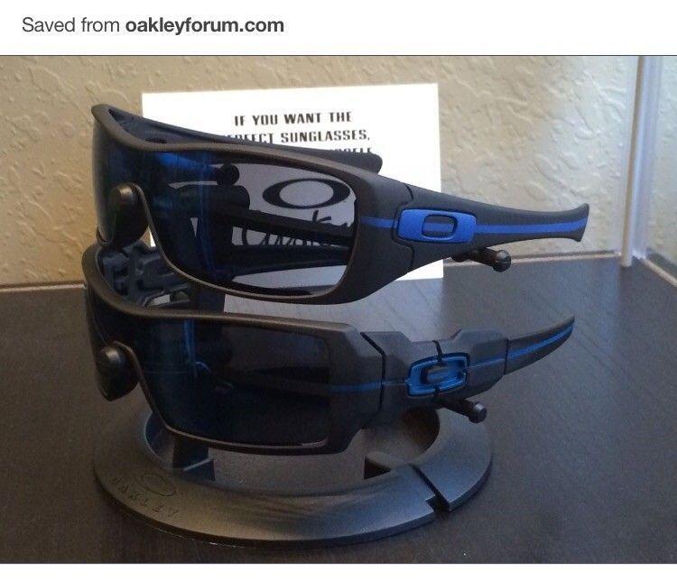 Thin blue line oakleys - image.jpg