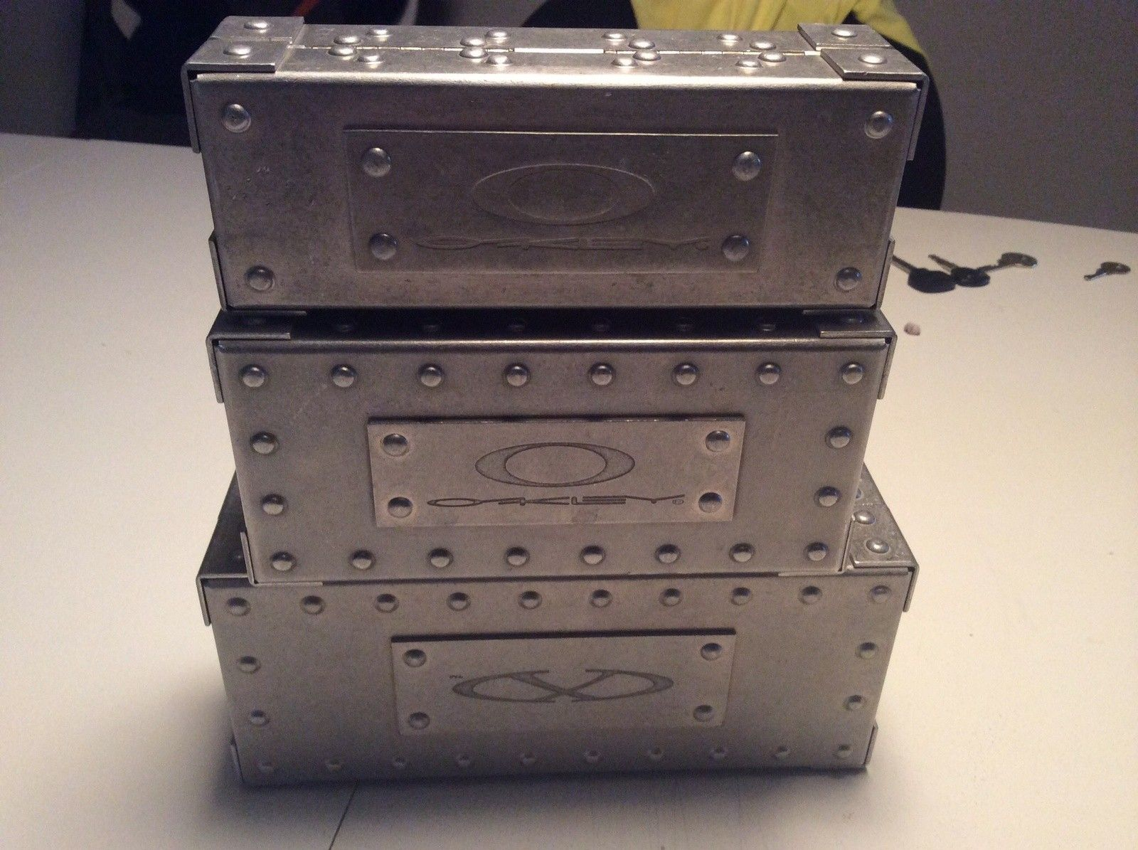 Metal Vaults - Medium & Large (X-Metal) - image.jpg