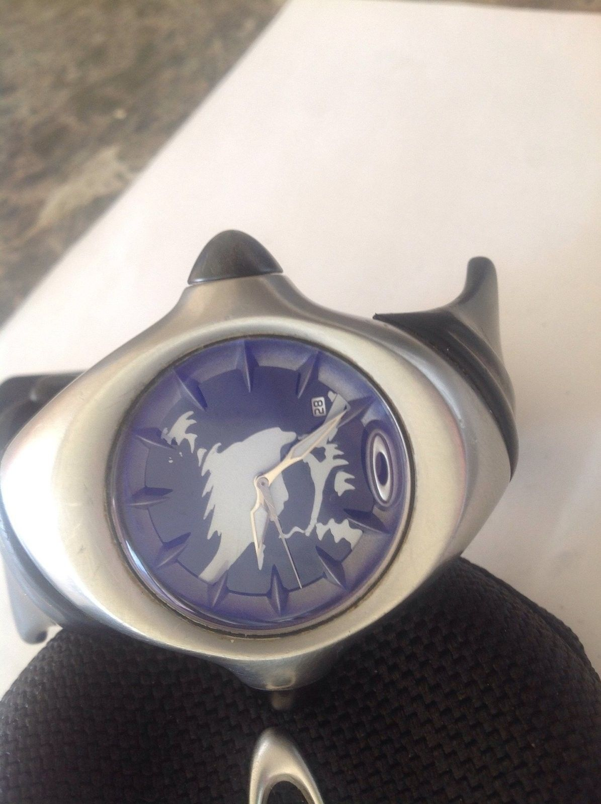 Used Oakley Crush Stainless Skull watch - image.jpg