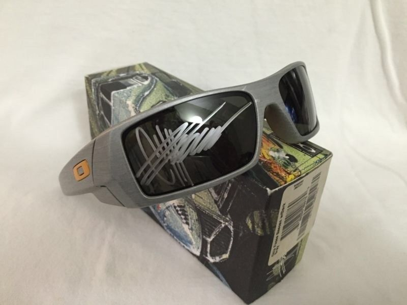 Signed Foose Gascan, Employee Exclusive Sales meeting glasses - image.jpg