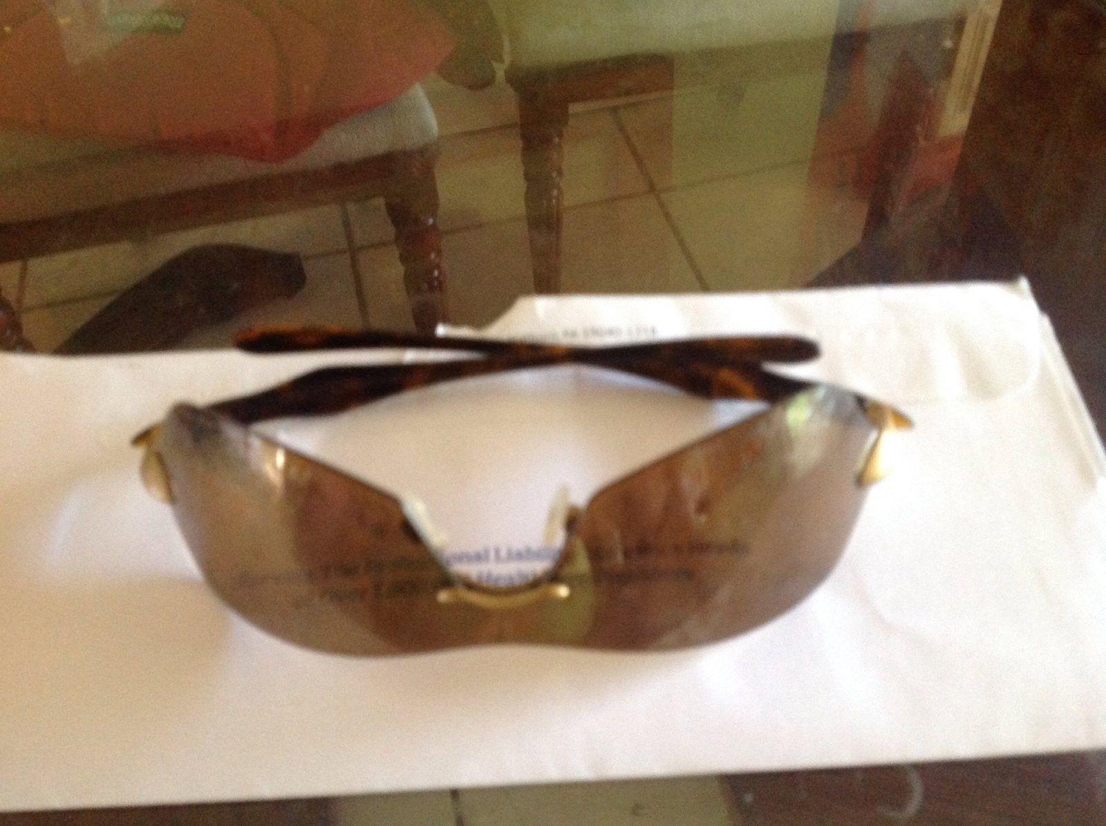 Need help ID Oakley sunglasses - image.jpg
