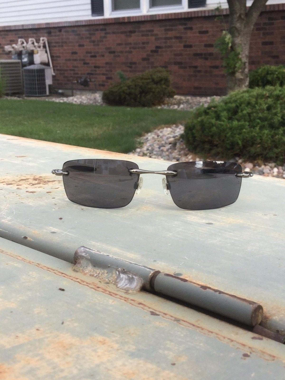 Y 8 Sunglasses - image.jpg
