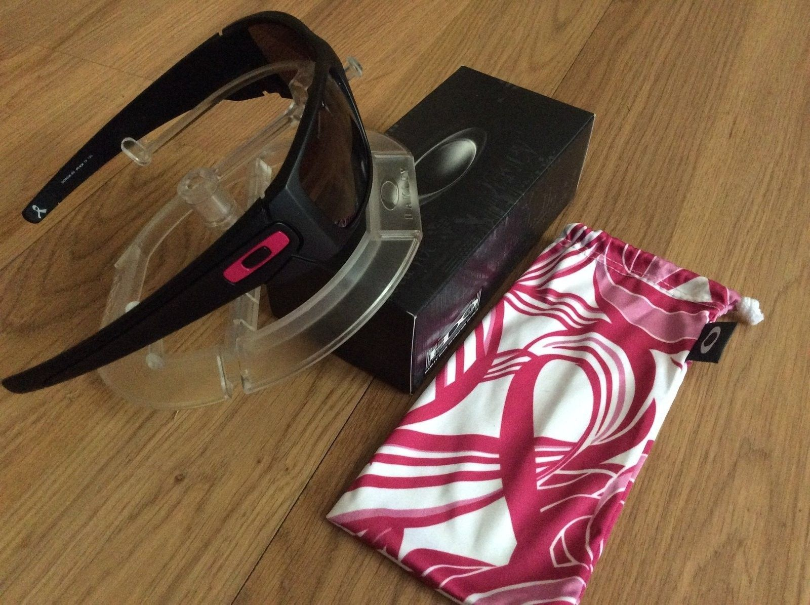 BNIB Breast Cancer Fuel Cell $100 Shipped - image.jpg