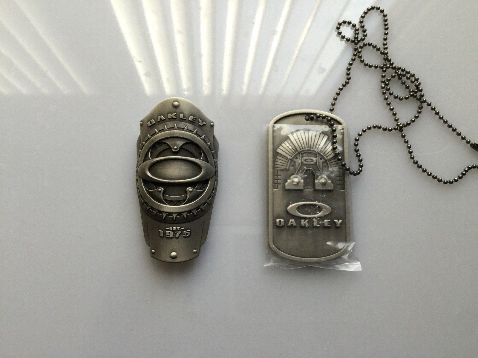 Oakley metal works sheriff badge and big dog tag - image.jpg