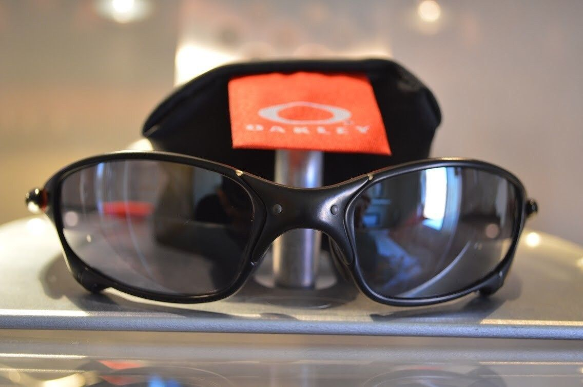 Juliet Ducati carbon black iridium * SOLD * - image.jpg