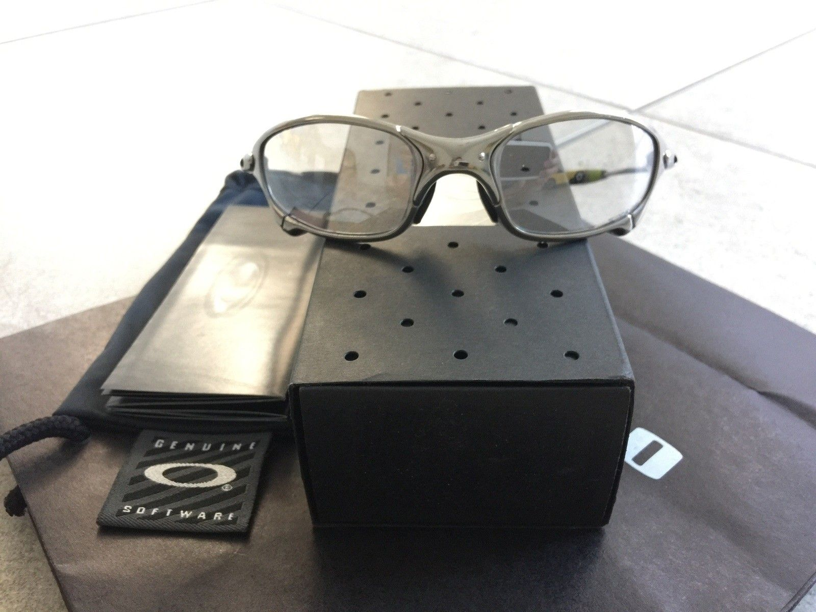 Difference of Penny polished and Titanium frame? - image.jpg