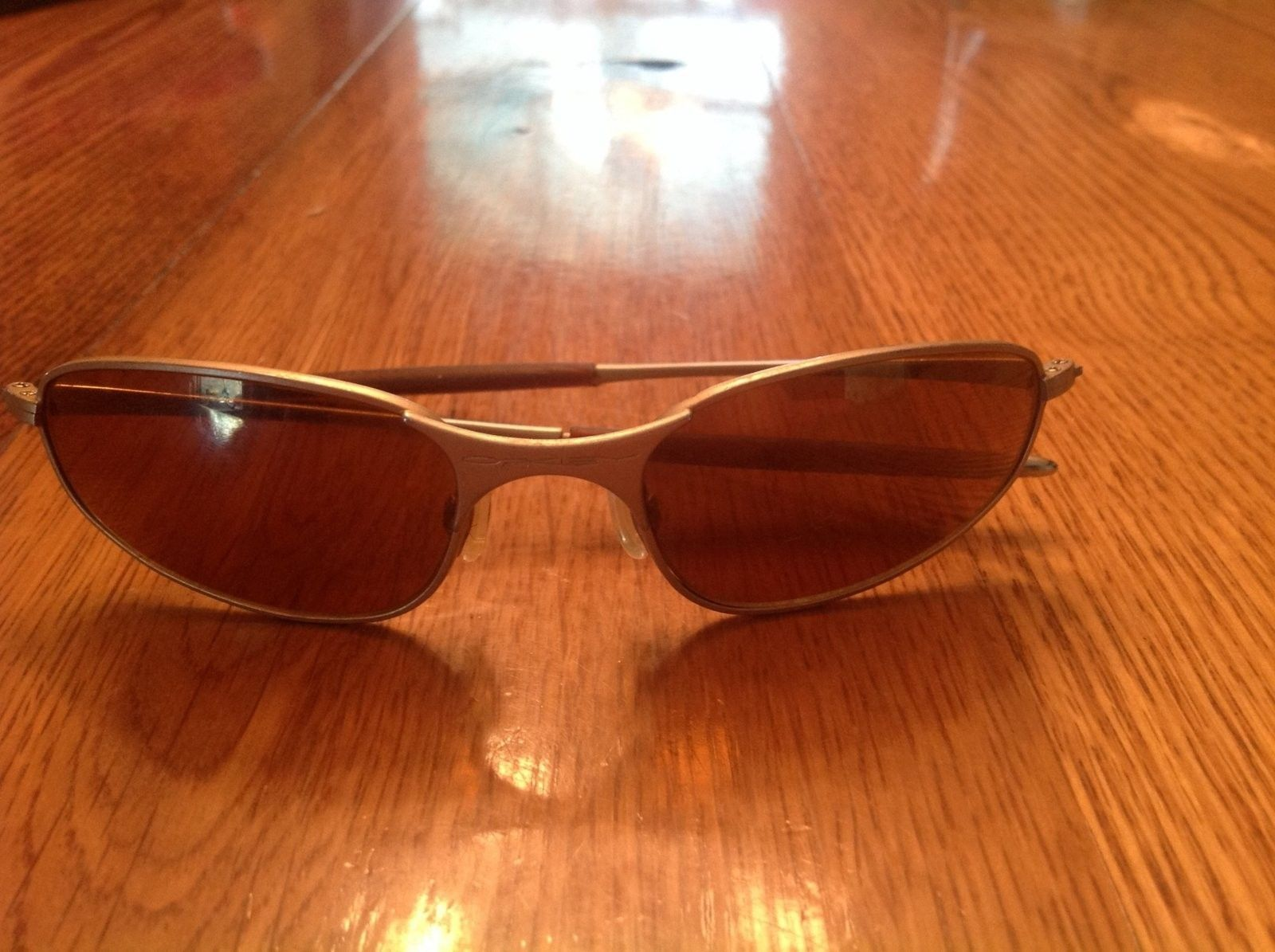 please help identify these very old Oakley's - image.jpg