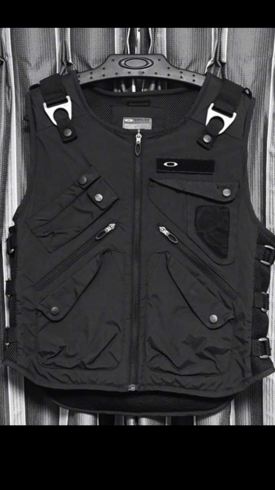 Colete Oakley Ap Vest Original  103d4bef4981c