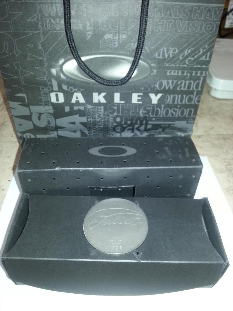 Oakley Juliet BOX & COIN Only - image_zps570942cc.jpg