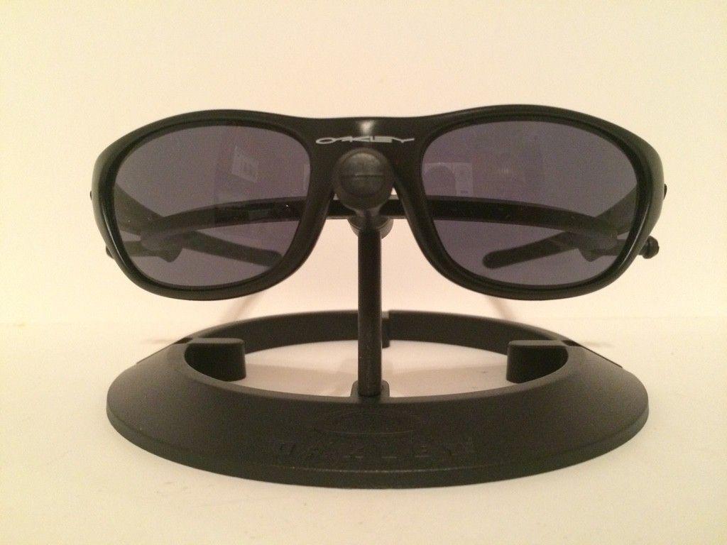 Oakley Fives 2.0......Matte Blk/BI....1st Generation.......$45 - ImageUploadedByTapatalk1413844808.236496.jpg