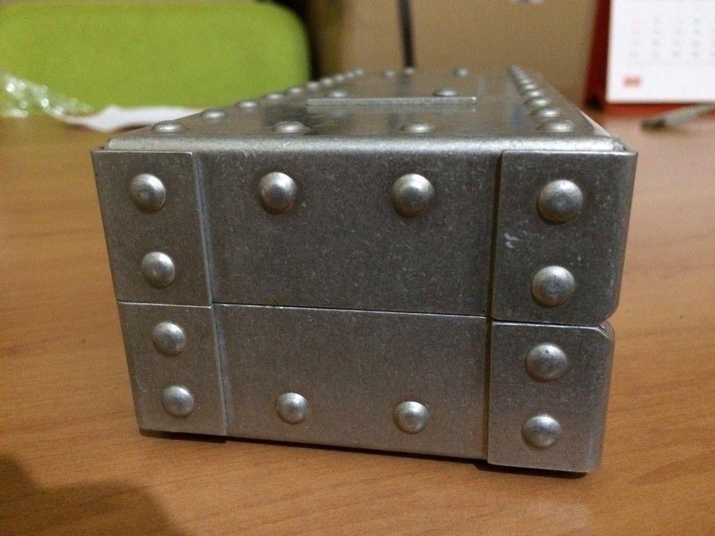 X-Metal Vault Metal Case - ImageUploadedByTapatalk1415494989.923016.jpg