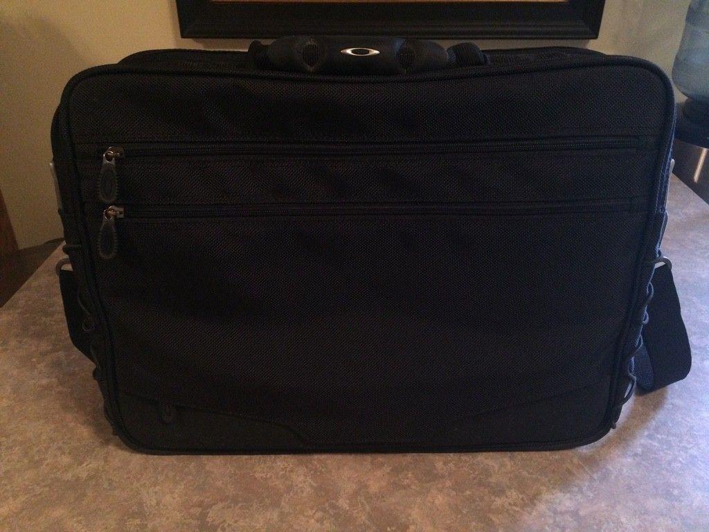 Oakley 2.0 Laptop Bag.......$80 - ImageUploadedByTapatalk1417721138.753510.jpg