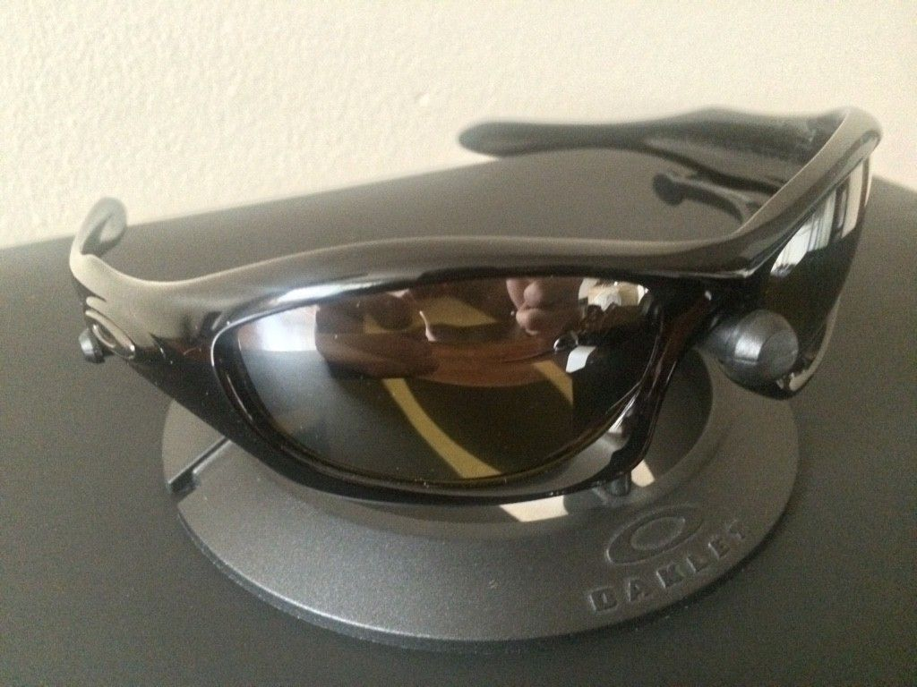 OAKLEY MONSTER DOG - AMBER BLACK POLARIZED LENSES/ POLISHED BLACK FRAME - ImageUploadedByTapatalk1438131739.981729.jpg