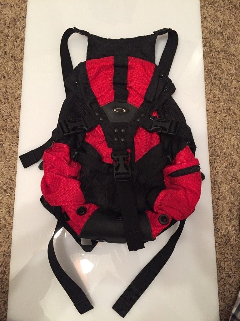 Oakley.....Pairs, Backpack, Skull, Bags, etc  (Pic Heavy) - ImageUploadedByTapatalk1452628575.047250.jpg