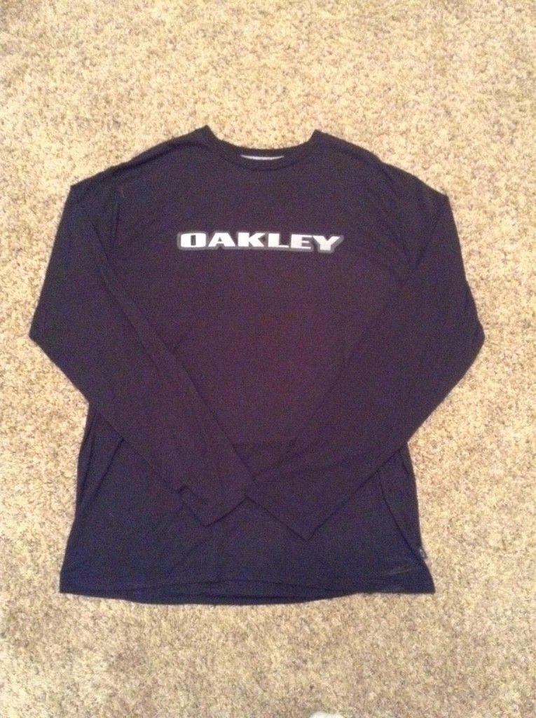 WTS:  Oakley Tee's...... Village Park, Hydrolix & Bunker - ImageUploadedByTapatalk1459292421.685896.jpg