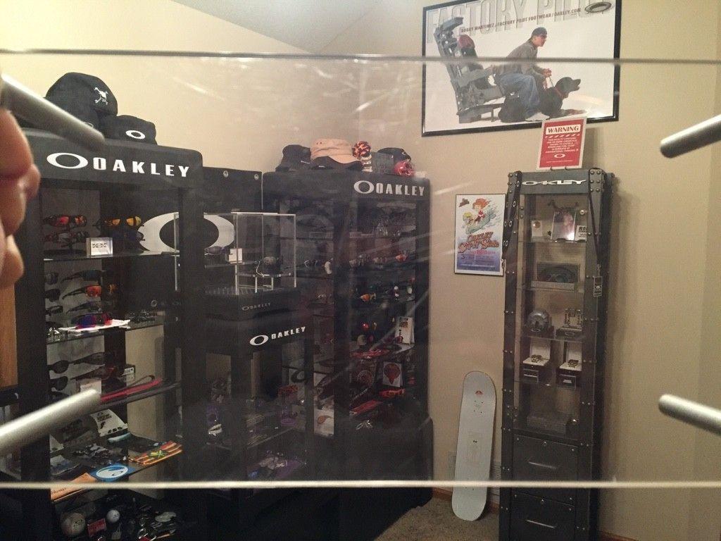 Oakley Acrylic Display Riser - ImageUploadedByTapatalk1466968575.288542.jpg