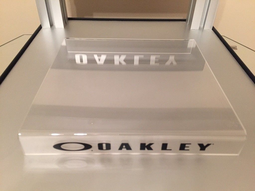 WTS: Oakley Display Riser......Clear - ImageUploadedByTapatalk1471473068.776954.jpg