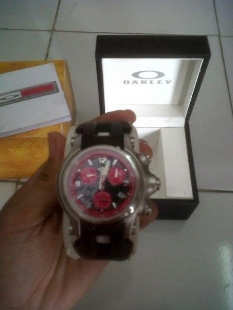 Oakley Holeshot Chronograph Red Dial - IMG-20130508-006331_zpsecc3e76a.jpg
