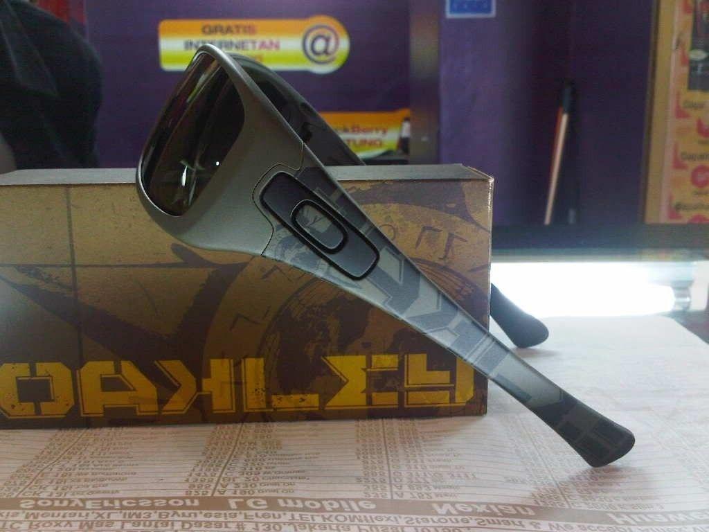 FS Oakley Soviet Hijinx Brand New - IMG00448-20120207-1523.jpg