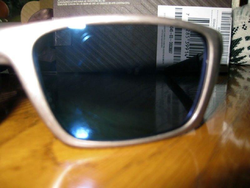 Oakley Jury Distressed Silver/Ice Iridium - img1267nr.jpg