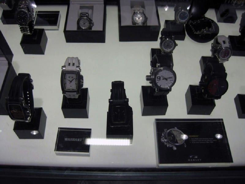 Too Many Watches, Not Enough Wrist.... - img1413z.jpg