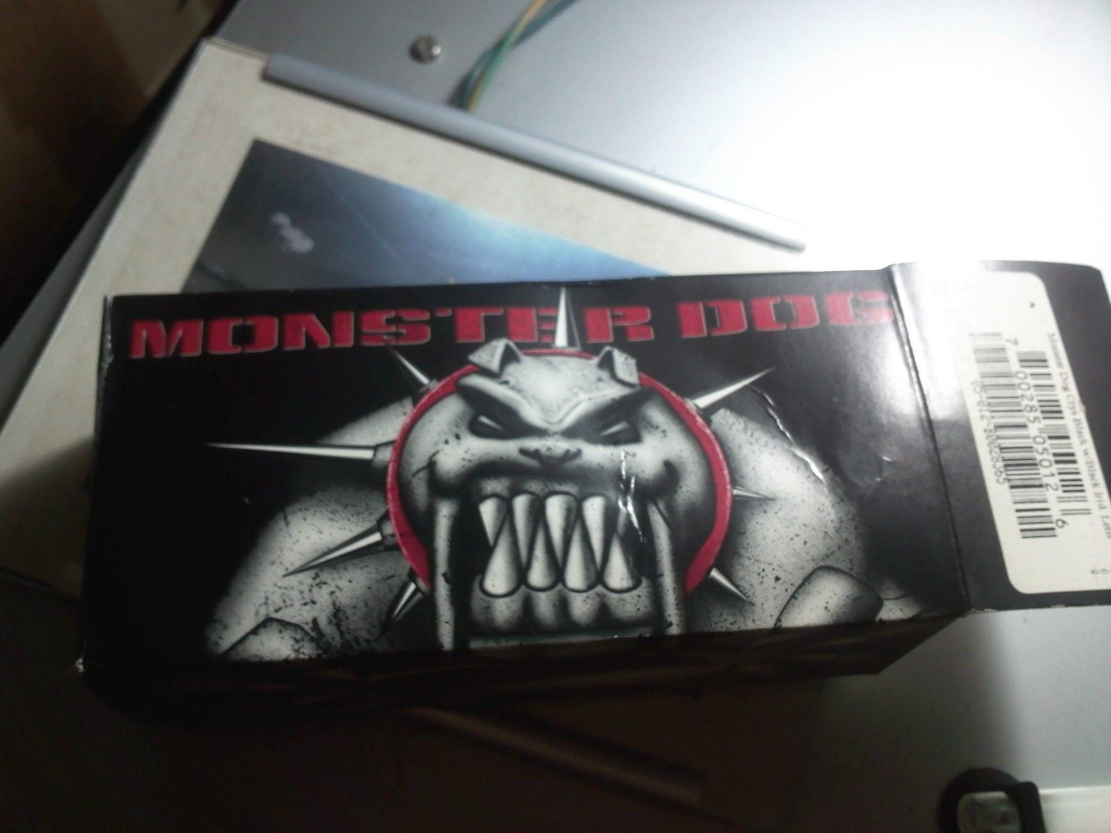 "Early monster dog with ""oakley "" logo on bridge fake or not ??? - IMG207.jpg"