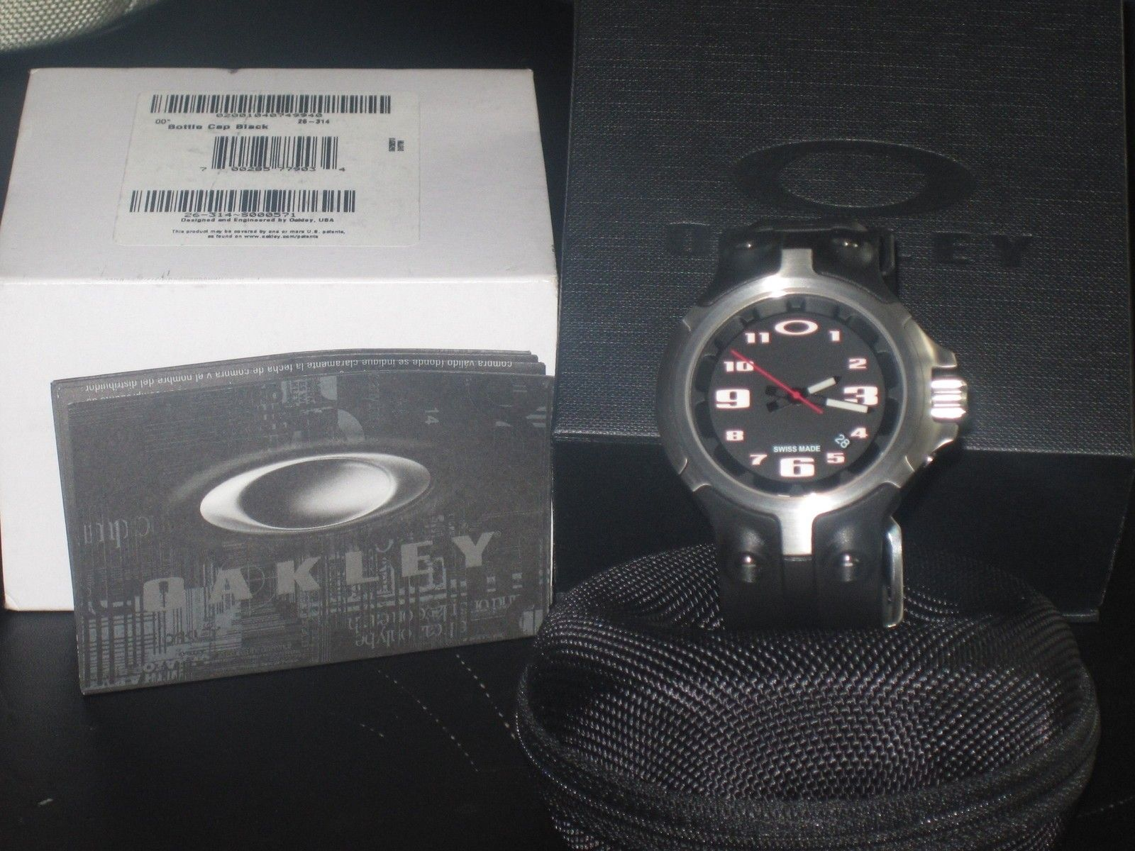 BNIB  Bottle cap watch black - IMG_0008.JPG
