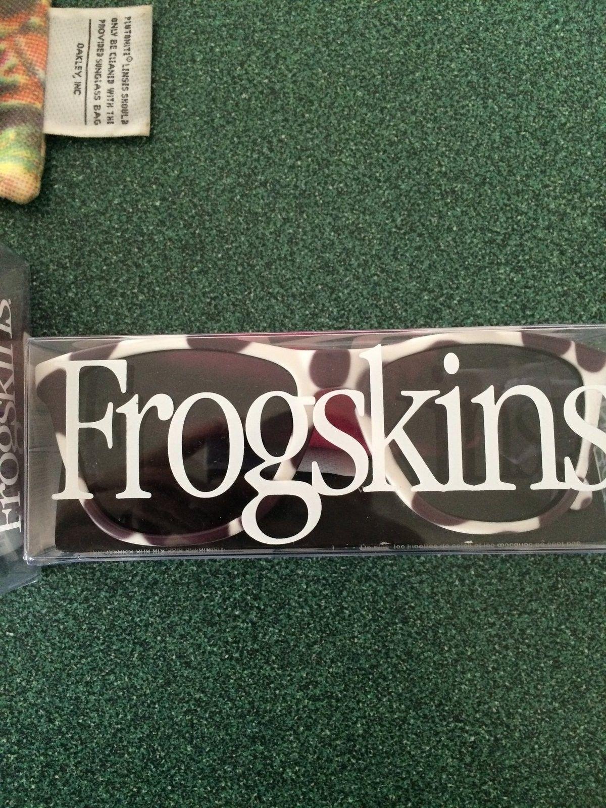 Frogskin sale (Supreme, Dalmation, Staple) - IMG_0028.JPG