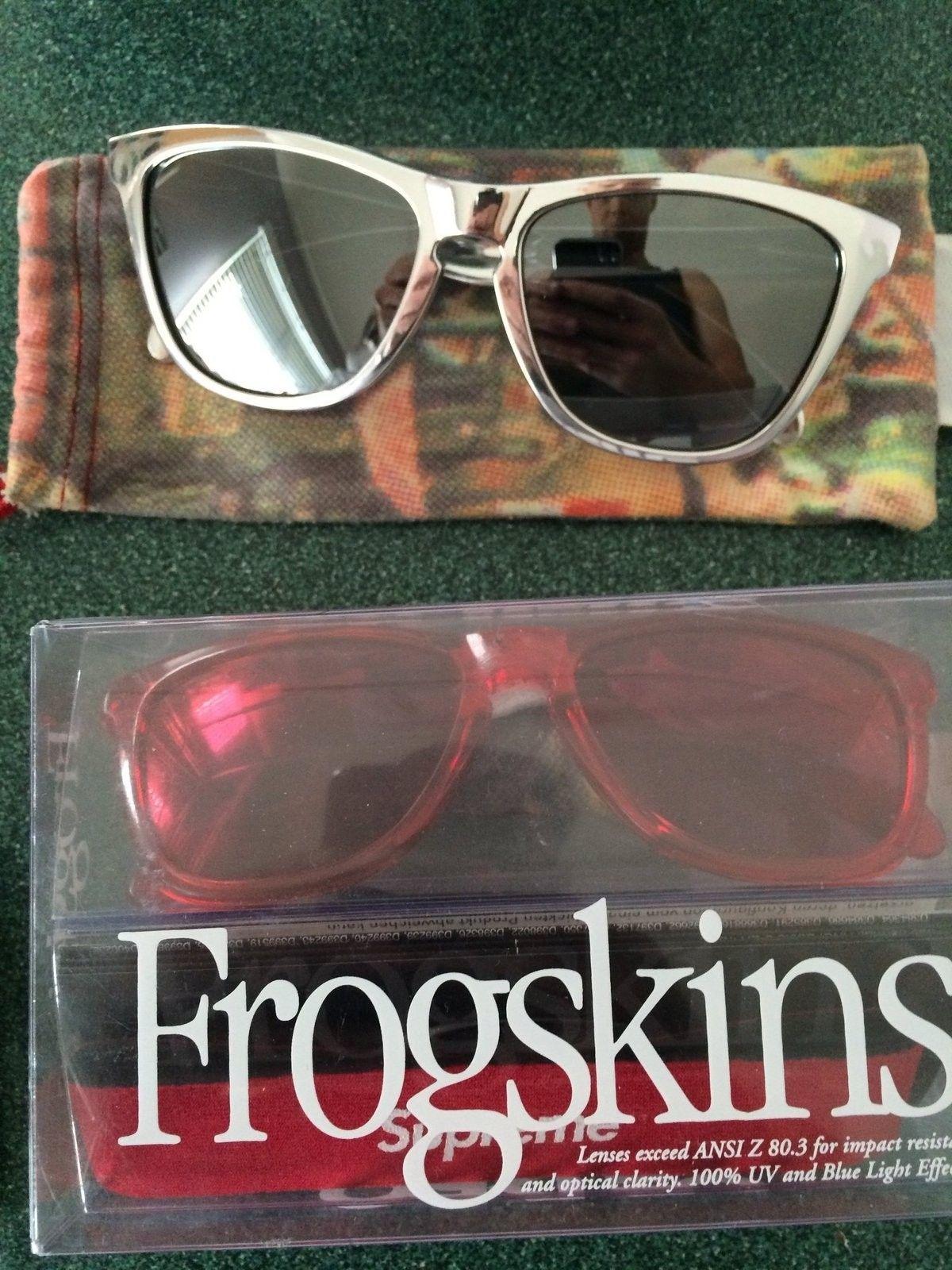 Frogskin sale (Supreme, Dalmation, Staple) - IMG_0029.JPG