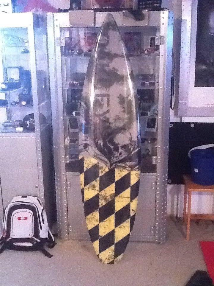 Oakley Surfboard - IMG_0128-1.jpg