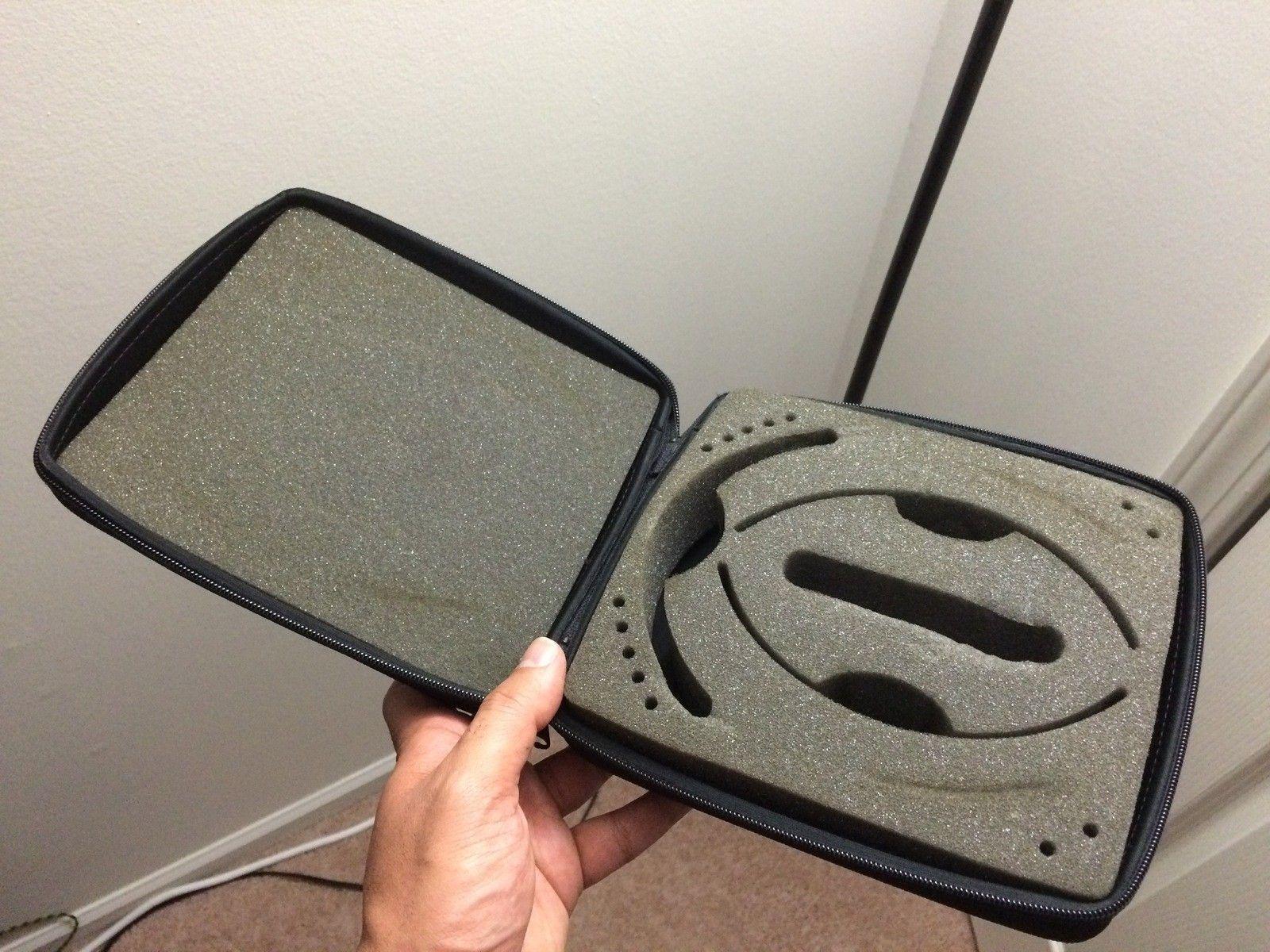 Vintage RJ carrying case - IMG_0266.JPG