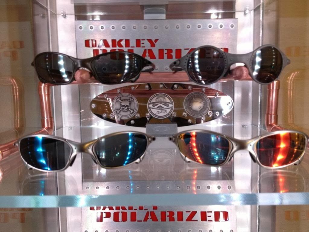 I Built A Coin Display To Go With The New Sunglasses Stand... - IMG_0387_zpsd2d8c34a.jpg