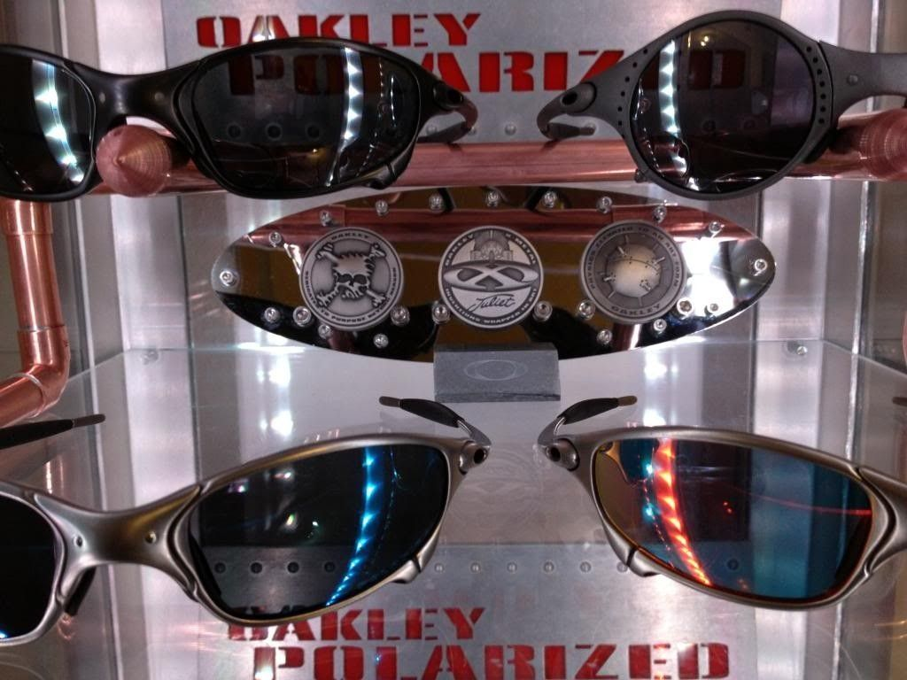I Built A Coin Display To Go With The New Sunglasses Stand... - IMG_0389_zps332cbcac.jpg