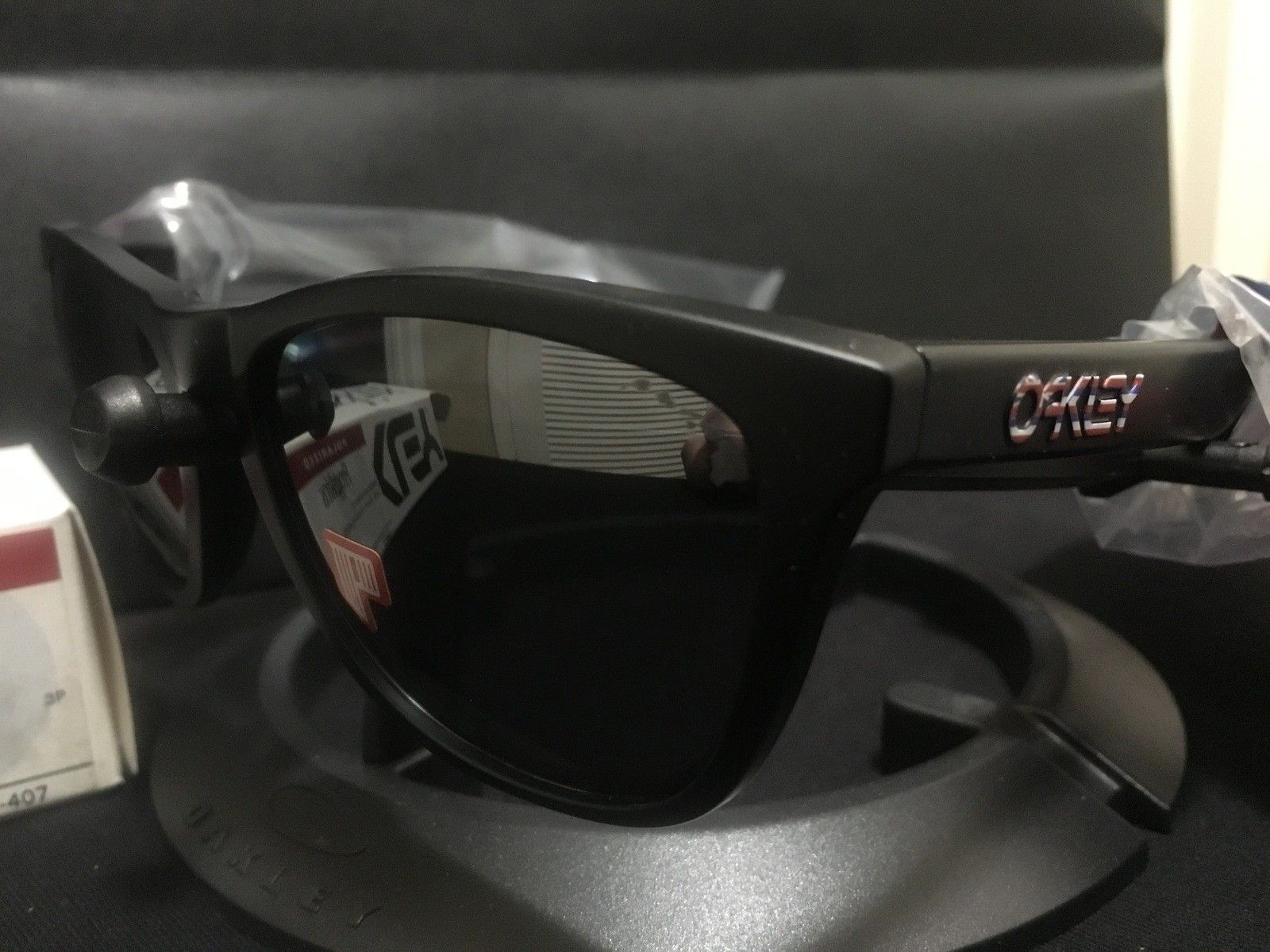 BNIB Polarized Hawaii Frogskins - IMG_0452.JPG