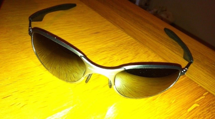 1st post: Are these Oakleys the real deal? - IMG_0474.JPG