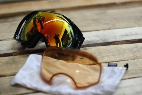 Oakley Airbreak Googles Black Frame, Fire Iridium Lens And Persimmon Lens - IMG_0544.jpg