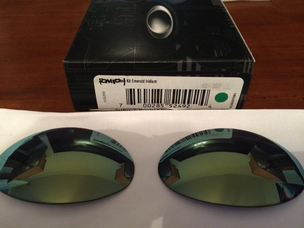 R1 custom cut Emerald $90 SOLD! - IMG_0618_zpsimkbxlqy.jpg