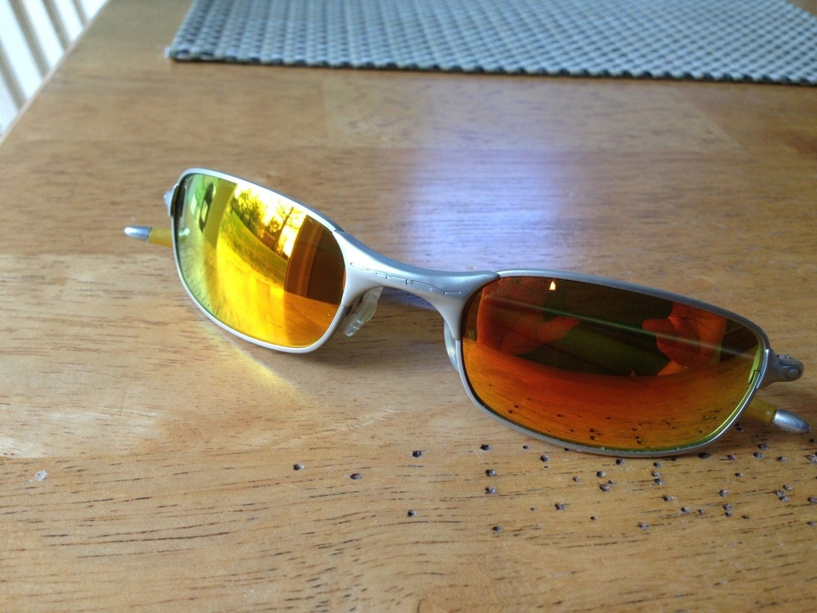 Square 2.0 Spring Hinges - Silver frames with Plasma Lenses - IMG_0727.jpg