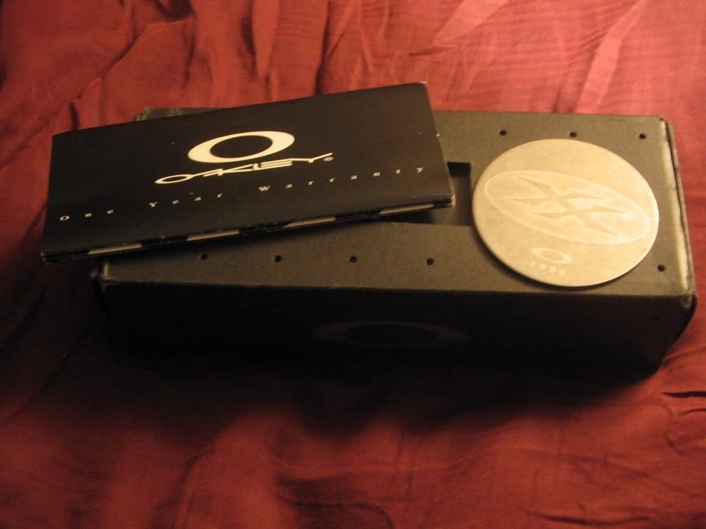 FS: Origianl X Metal XX Box With Coin - IMG_0803.jpg