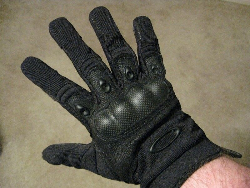 oakley factory pilot gloves 8khf  Factory Pilot Gloves