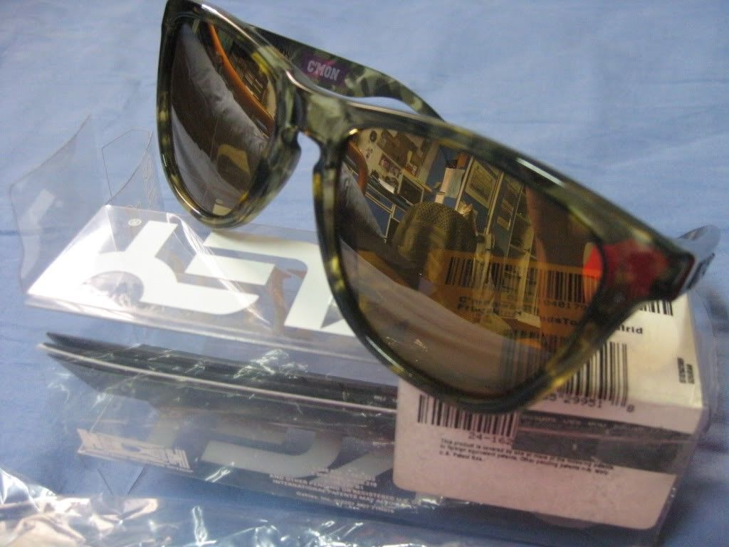 Wts: Oakley Commonwealth Gold Iridium - IMG_0996.jpg