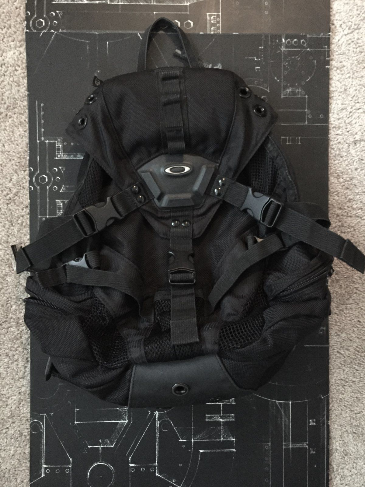 09cd1e240 For Sale - Small Icon Backpack | Oakley Forum
